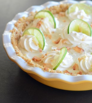 Key Lime Pie with Macadamia Nut Crust
