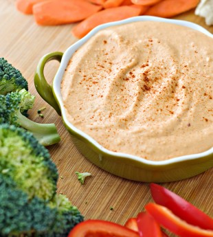 The Smoothest Roasted Red Pepper and Chipotle Hummus